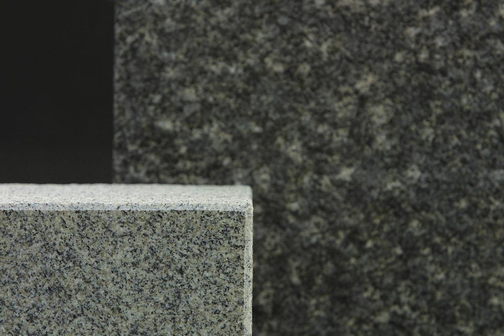 """CONSTRUCCIONS NUÑEZ ANDORRA, líders en marbres a Andorra som una empresa consolidada en el sector dels marbres, amb una llarga experiència, i formada per un equip de professionals altament qualificats. Treballem sempre amb els millors marbres, també amb """"solid surfaces"""" i seleccionem personalment els millors marbres, per tal d'oferir als nostres clients un producte final de màxima qualitat. Truqui i demani pressupost i l'assessorarem sobre quins són els materials més adients a les seves necessitats: amplia experiència en pedra, mabre, granit, silestone, corian i """"solid surfaces"""", etc. Fem dissenys personalitzats: cuines, banys, escales, terres, llars de foc, barbacoes, etc. Tot per la construcció. A CONSTRUCCIONS NUÑEZ ANDORRA fem realitat l'habitatge dels seus somnis."""